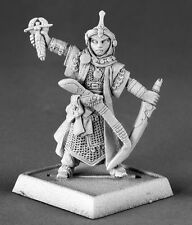 KYRA PRETRE ICONIC - PATHFINDER REAPER miniature jdr rpg d&d metal cleric 60015