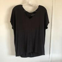 Ann Taylor LOFT Black Knit Top V Neck Tee Short Sleeve T Shirt Rayon S