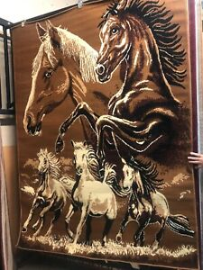 Horse Family 5x8 area rug for the home..New!