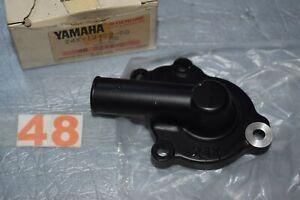carter de pompe à eau  YAMAHA YZ 125 de 1983/1985 24X-12422-00 neuf