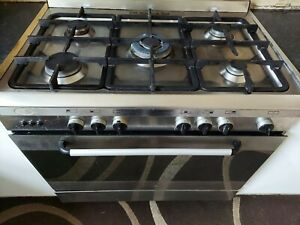 Baumatic cooker  oven