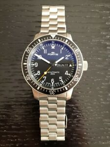 Fortis Official Cosmonaut Automatic Watch 647.10.158 B-42 Stainless Steel MINT !
