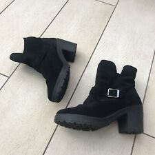 River Island Black Suede Pull On Fleece Lined Block Heel Rubber Sole Boots 8/41