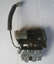 Ford Mondeo Mk3 2001-2007 Boot Lock