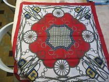 Foulard rouge et blanc Paris - 100 % Polyester -avec harnachements pour chevaux