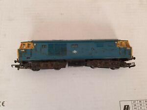 Hornby Triang Class 35 BR Blue Hymek Diesel Locomotive