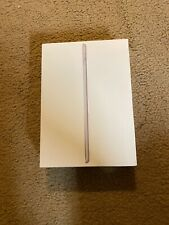 Apple iPad (6th Generation) 128GB, Wi-Fi, 9.7in - Silver