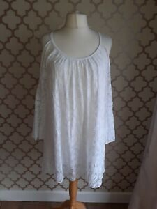 ladies white lined lace long cold shoulder top  fits 18 20 22 24 NEW