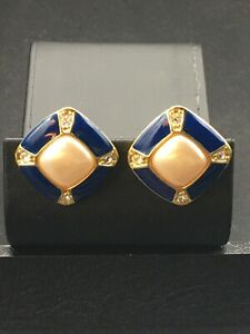 """Avon Jewelry, clip on earrings gold tone """"pearl"""" & blue inlay square NOS  E 42"""