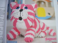 Knitting pattern for Bagpuss the saggy old cloth cat soft toy