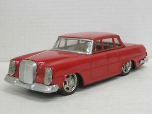 Mercedes-Benz S-Klasse in rot, Blech, Länge 21,5 cm, ohne OVP