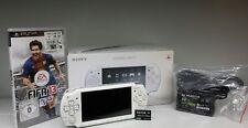 Sonys PSP Console Slim & Lite psp-2004 blanc dans neuf dans sa boîte 2 Go Memory FIFA 13