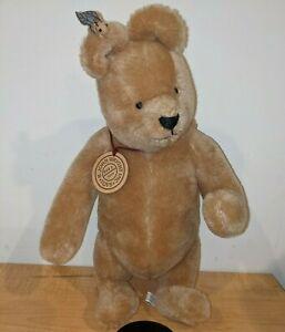 "R JOHN WRIGHT WINNIE THE POOH MOHAIR TEDDY BEAR WITH TAG 0462/5000 13"" Tall"