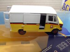 CORGI SIKU DIE CAST MERCEDES BENZ 207 VAN . 1: 43 SCALE .BOXED. UNPLAYED