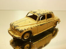 DINKY TOYS 140b ROVER 75 - CREME 1:43 - GOOD CONDITION