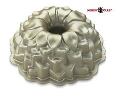 "NORDICWARE 10 Cup BLOSSOM BUNDT Cake PAN 9.5"" FLOWER Floral PETALS Heavy Cast NW"