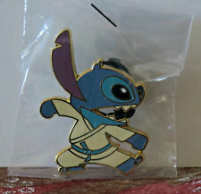 DISNEY ACME HOT ART STITCH KARATE Facing Right Mouth Open LE 200 Pin KUNG FU