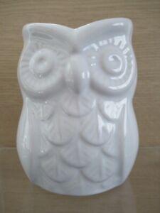 White Owl China Flower Vase or Pen Pot / Kitchen Container