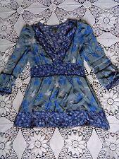 Anthropologie Fei blue gray white floral boho feminine flowing silk shirt blouse