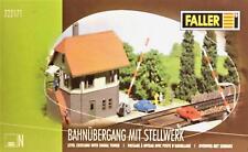 Faller 222171 N - Bahnübergang mit Stellwerk NEU & OvP