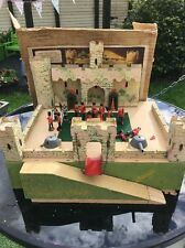 VINTAGE 1950's TRI-ANG FOLD MODEL TOY WOODEN Z FORT boxed + coldstream Soliders