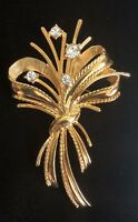 Vintage Flowers with Rhinestone Pin / Brooch Gold Tone