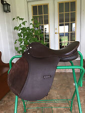 Nice A/P Jumping Saddle 16.5 Suede Knee Roll Excellent Condition