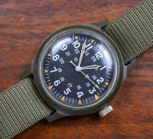 Vintage BENRUS Military Issue Vietnam War Era Watch 1975 MILW46374 Original Band