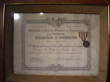 2) Diploma con medaglia in argento della Francia