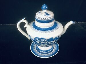 19th Century Antique Chinese Canton Export Tall Dome Top Teapot and Stand