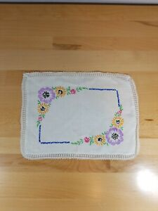 Vintage Embroidered Floral Doily Handkerchief Crewel Needlework Lace Shabby Chic