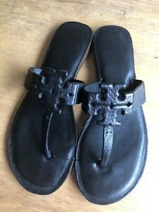 Tory Burch Slides Size 7.5 Black Colour Moderate Cushioning Great Condition