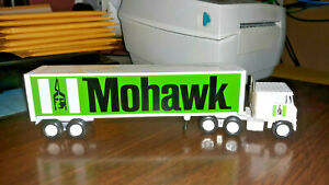 Winross MOHAWK Diecast Delivery Trailer Truck