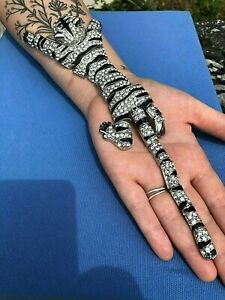 Art Deco Style Beautiful Black Enamel & Crystal TIGER SHOULDER BROOCH Shawl Pin