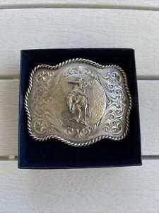 Montana Silversmith Star Scallop Rodeo Mens Belt Buckle