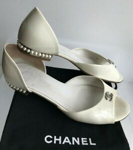 CHANEL Sandals 38C (US 8) Logo CC, Pearl Heels, Ivory Color, Authentic