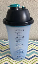 Tupperware Quick Shake, Gravy Shaker Mixer Blender 16oz Sheer with Blue Lid New