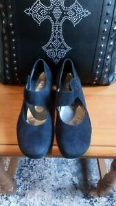 Ara Ladies Lovely Suede Shoes Size 4.5 Black