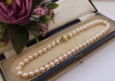 VINTAGE SIMULATED PEARL NECKLACE WITH GOLD TONE CLASP - 1970s VINTAGE JEWELLERY