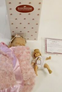 """Boxed Ashton Drake """"Bundle OF Love"""" Marita Winters Weighted Silicone Doll #134"""