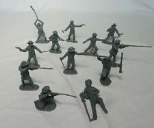 Classic Toy Soldiers 1/32nd plastic Alamo Texan Defenders 12 figures in gray