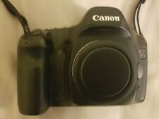 Canon 5d - Mk1 - Classic - with batteries and charger. Small issue. 12mp.