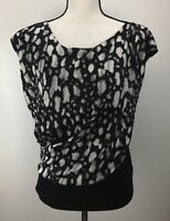 Vince Camuto Blouse Top Women's Size M Medium Scoop Neck Capped Sleeve J1145