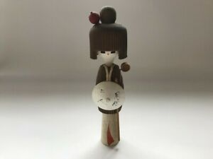 Japanisch Holz Puppe Okimono Vintage Kimono Mädchen Statue Innenraum Hut S0376