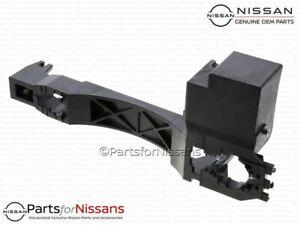 Genuine Nissan NV1500 NV2500 NV3500 Rear Door Outside Handle Base