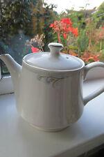 Sadler Belgravia Tea Pot 2 Pint White Vintage Retro British