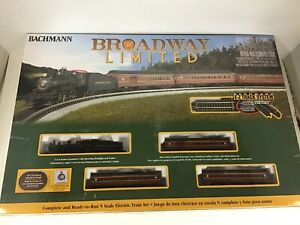 "Bachmann #24026 N scale ""Broadway Limited""  train set"