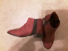 Ladies size 4 maroon boots