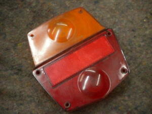 VINTAGE FORD D SERIES CLASSIC TRUCK LORRY INDICATOR REAR TAIL LIGHT LENS UNIT