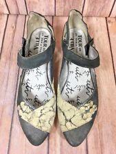 Un Tour En Ville Women Metallic Gray Leather Strap Shoes France Sz EU 38 US 7.5